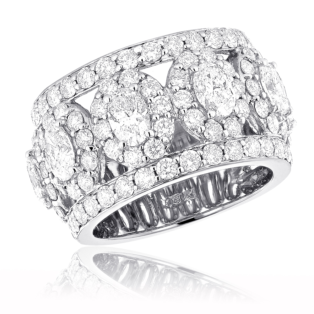 Featured Photo of Wide Diamond Wedding Bands