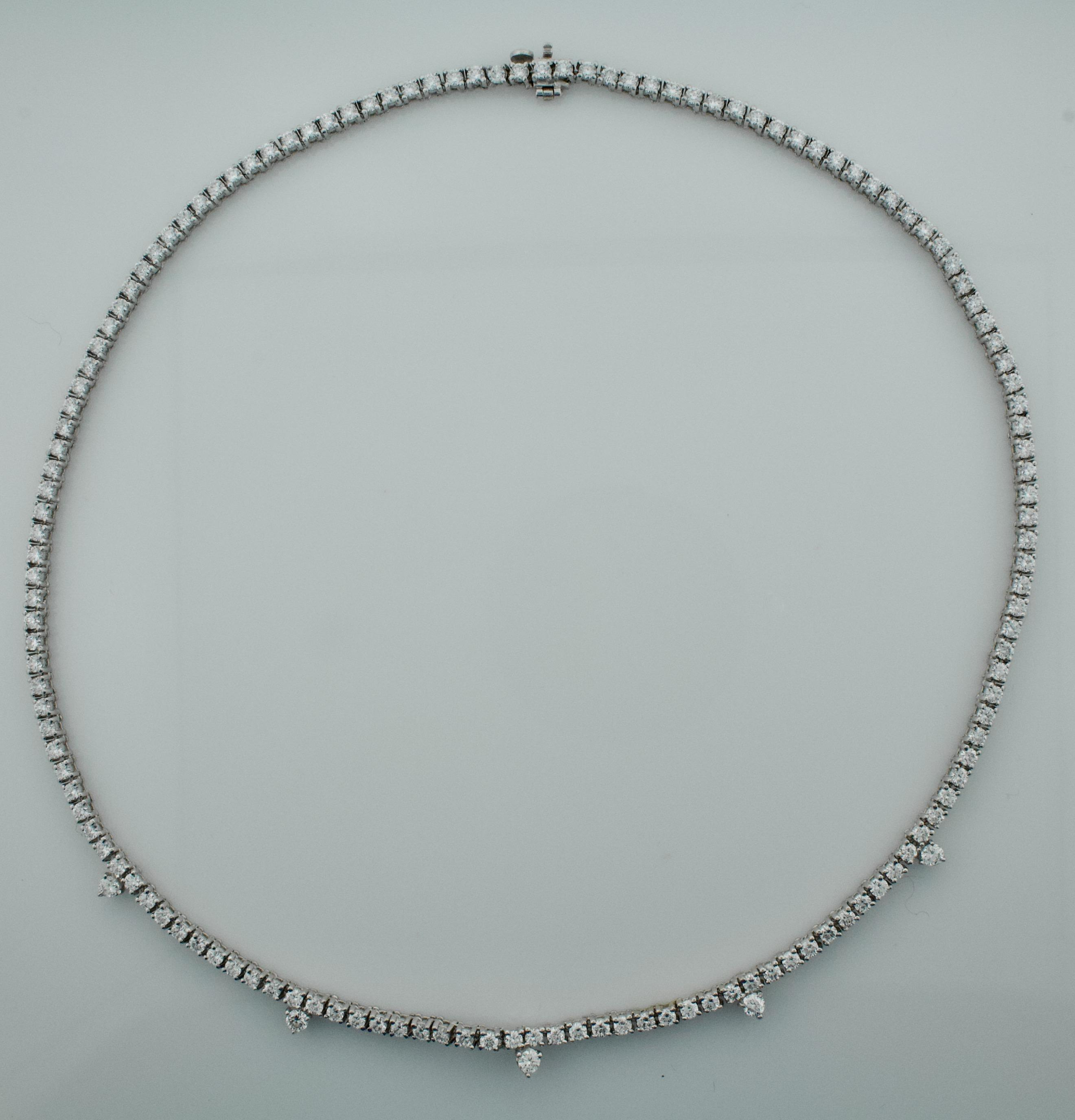 Diamond Straight Line Necklace In 18 Karat  (View 13 of 25)