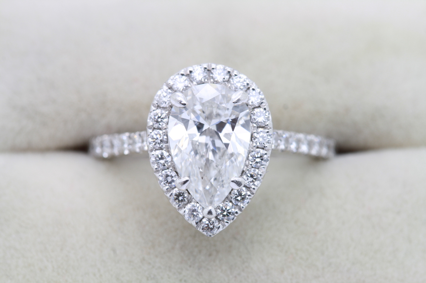 Pear Shape Diamond Ring, Gia Cert For Pear Shaped Engagement Rings (View 17 of 25)
