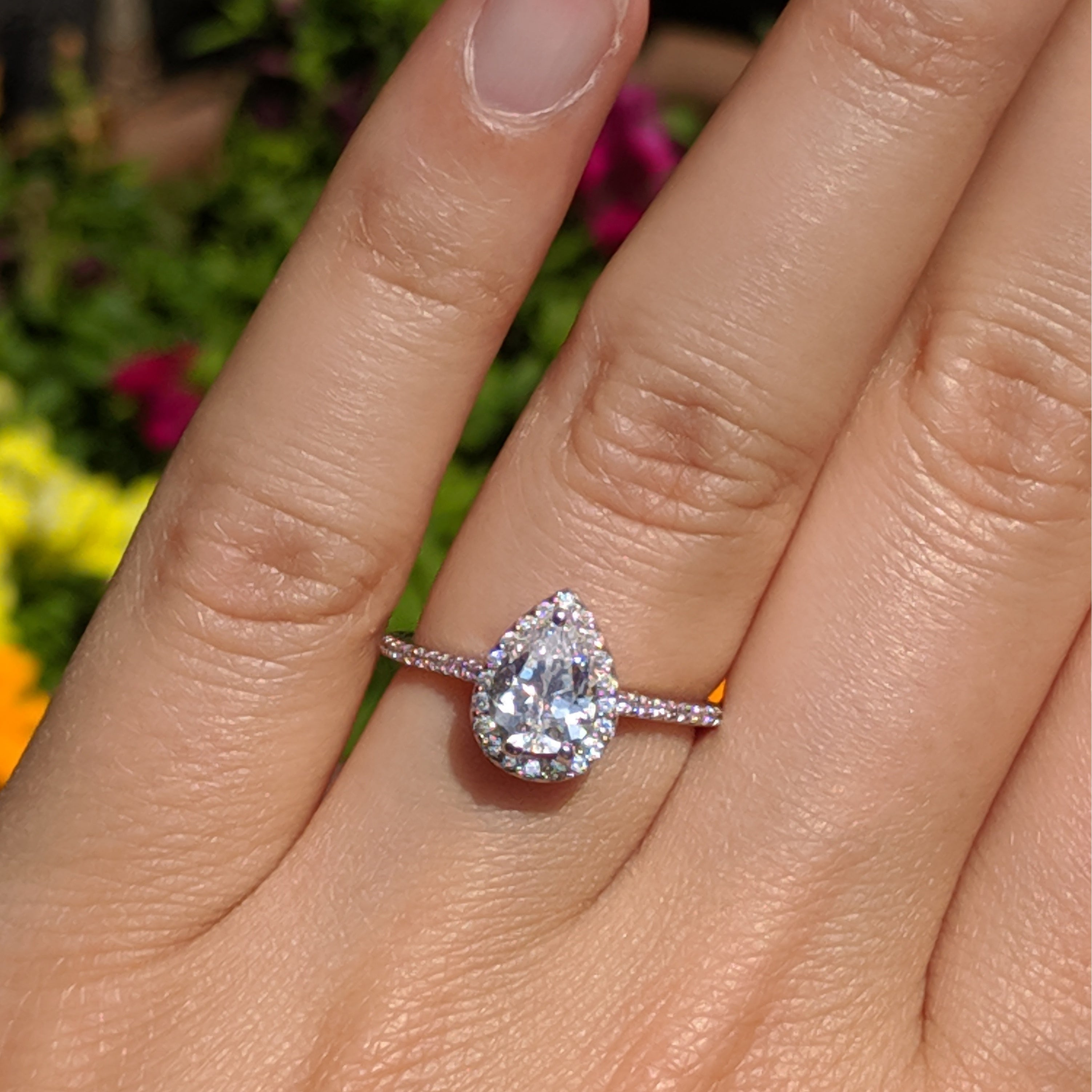 Twobirch Classic Pear Shaped Diamond Halo Engagement Ring In 10k Gold ( (View 18 of 25)