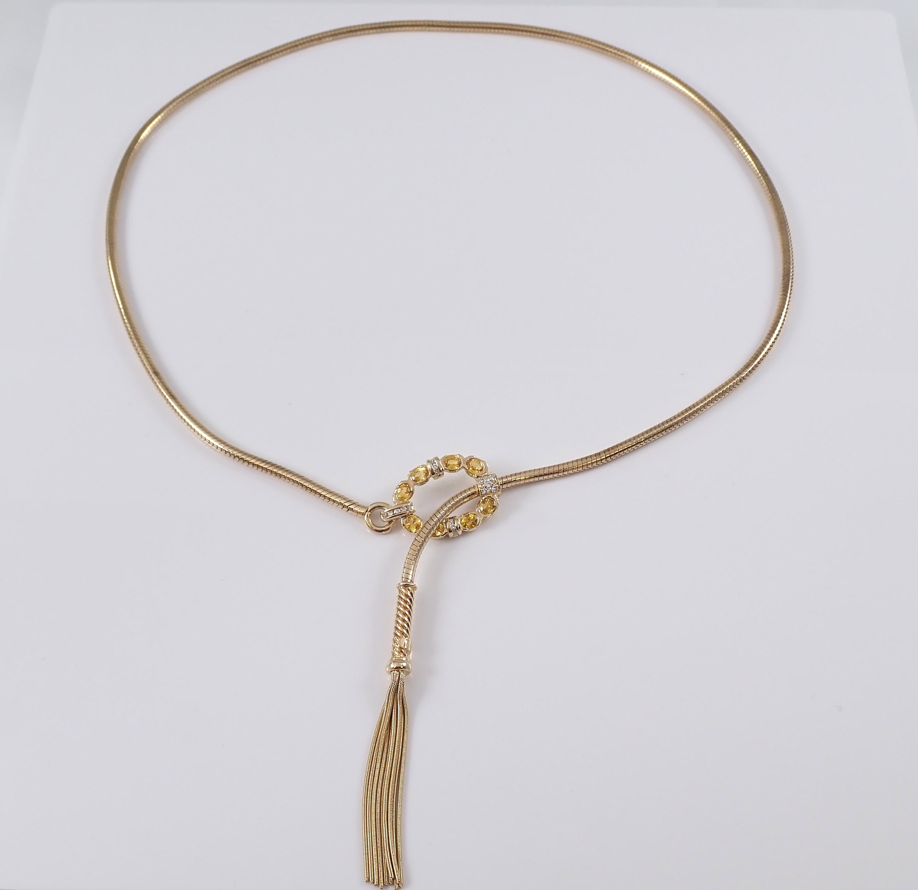 Vintage Diamond And Yellow Sapphire Lariat Tassel With Regard To Most Recently Released Lariat Sapphire And Diamond Necklaces (View 25 of 25)