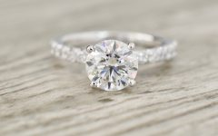 Round Brilliant Diamond Micropavé Engagement Rings