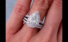 Pear Shaped Engagement Rings and Wedding Bands
