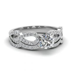 Platinum Diamond Wedding Rings Sets