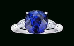 Cushion-cut Sapphire Rings