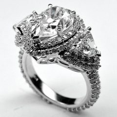Pear Shaped Engagement Rings Diamond Settings