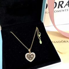 Heart Honeycomb Lace Pendant Necklaces