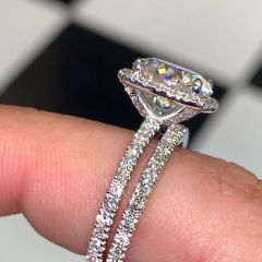 Micropavé Diamond Large Wedding Bands