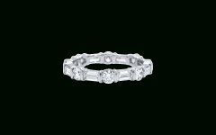 Bar-Set Round Brilliant And Emerald-Cut Diamond Wedding Bands