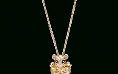 Sparkling Lioness Heart Pendant Necklaces